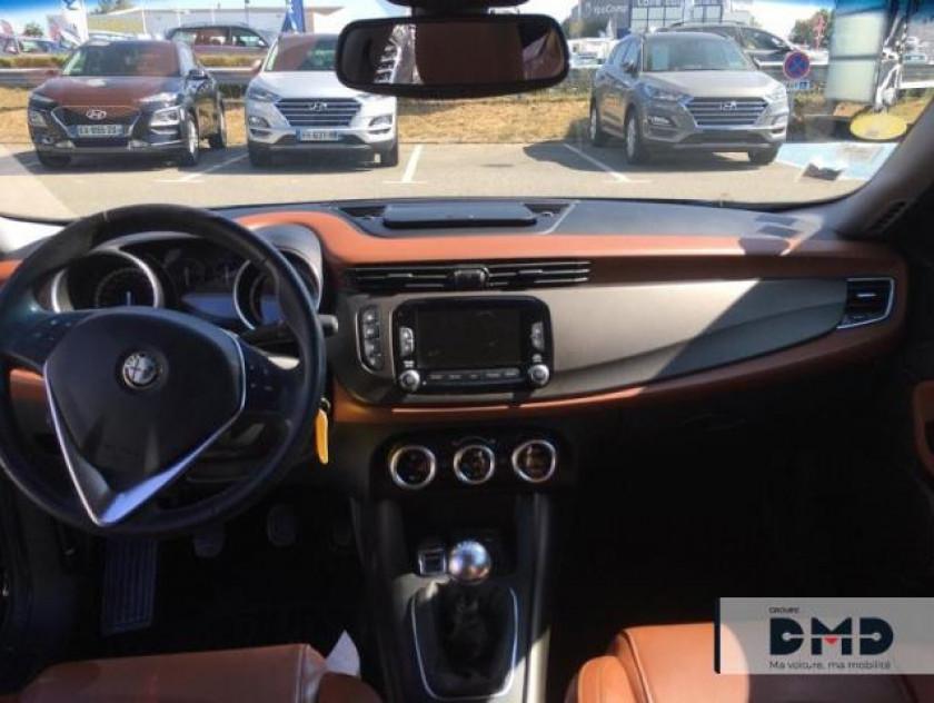Alfa Romeo Giulietta 1.6 Jtdm 105ch Exclusive Stop&start - Visuel #5