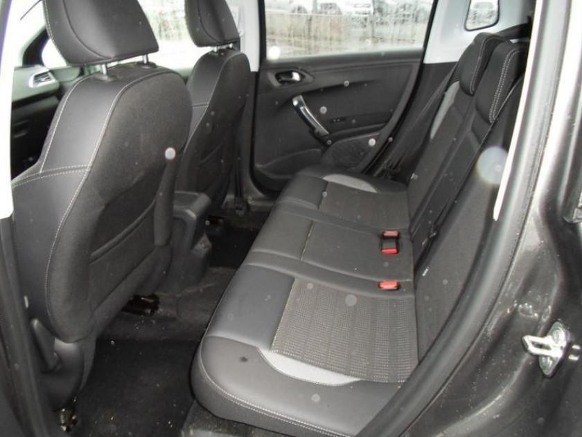 Peugeot 2008 I Ph2 2008 I Ph2 2008 I Ph2 1.6 Bluehdi 100 Allure - Visuel #4