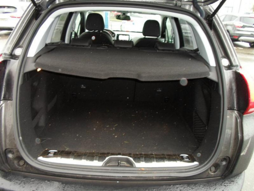 Peugeot 2008 I Ph2 2008 I Ph2 2008 I Ph2 1.6 Bluehdi 100 Allure - Visuel #6