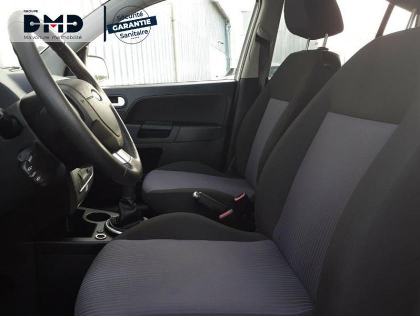 Ford Fusion 1.4 Tdci 68ch Senso Plus - Visuel #9