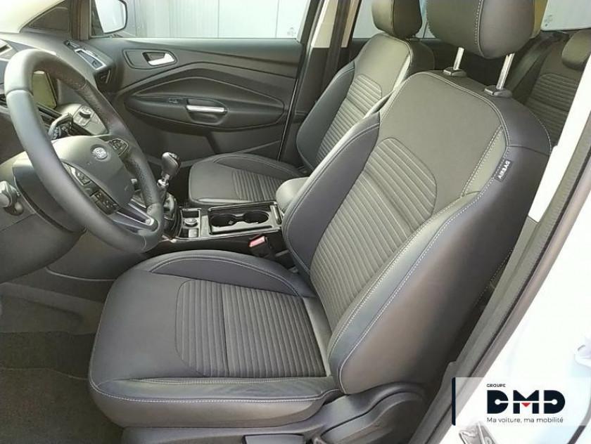 Ford Kuga 1.5 Ecoboost 120ch Stop&start Titanium 4x2 1.5 Ecoboost 120ch Stop&start Titanium 4x2 - Visuel #9