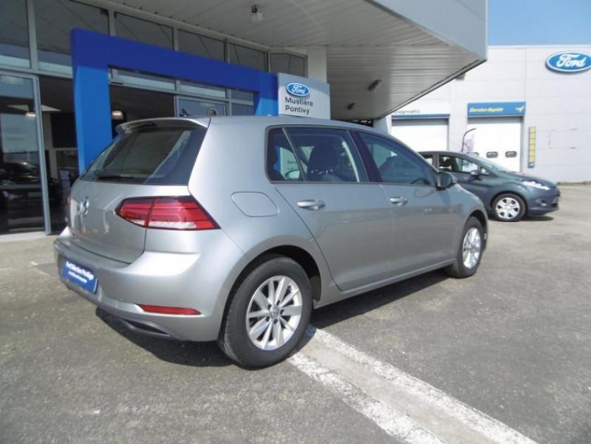 Volkswagen Golf 1.0 Tsi 110ch Trendline 5p - Visuel #2
