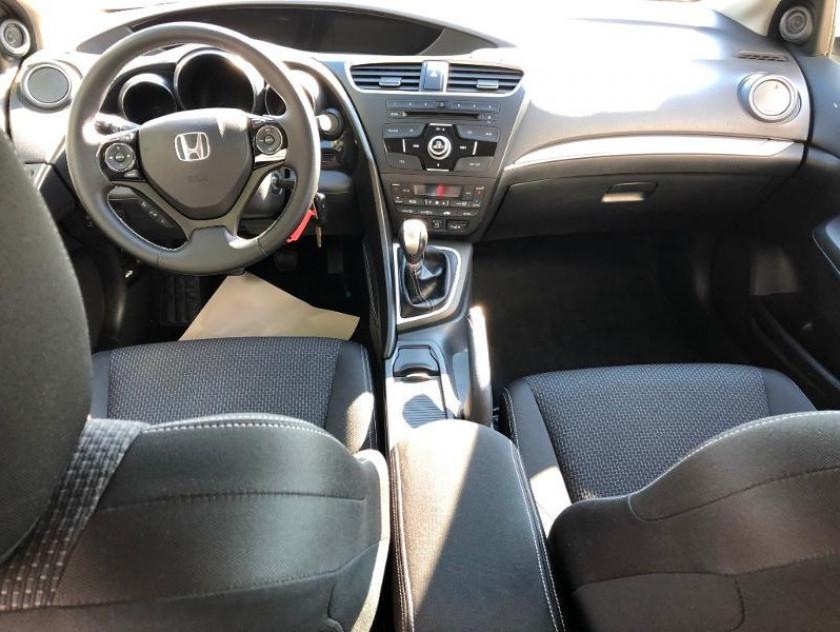 Honda Civic 1.6 I-dtec 120ch Executive - Visuel #9