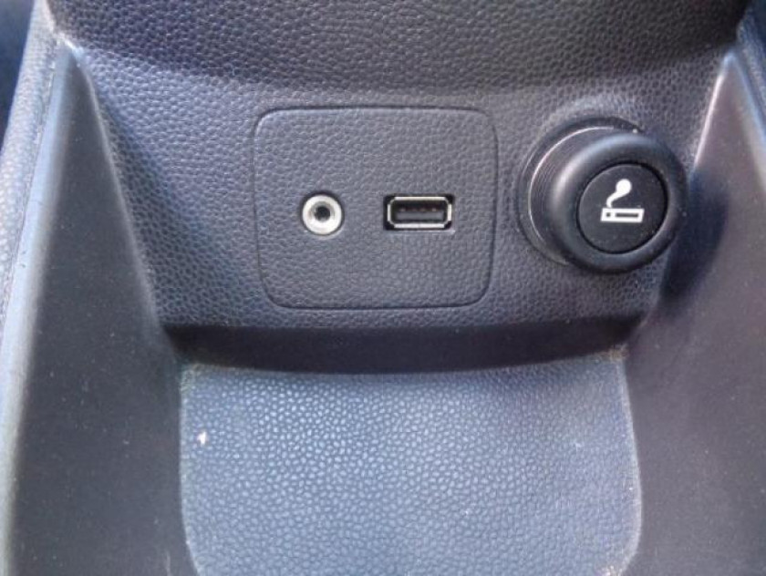 Ford Fiesta 1.25 82ch Edition 5p - Visuel #19