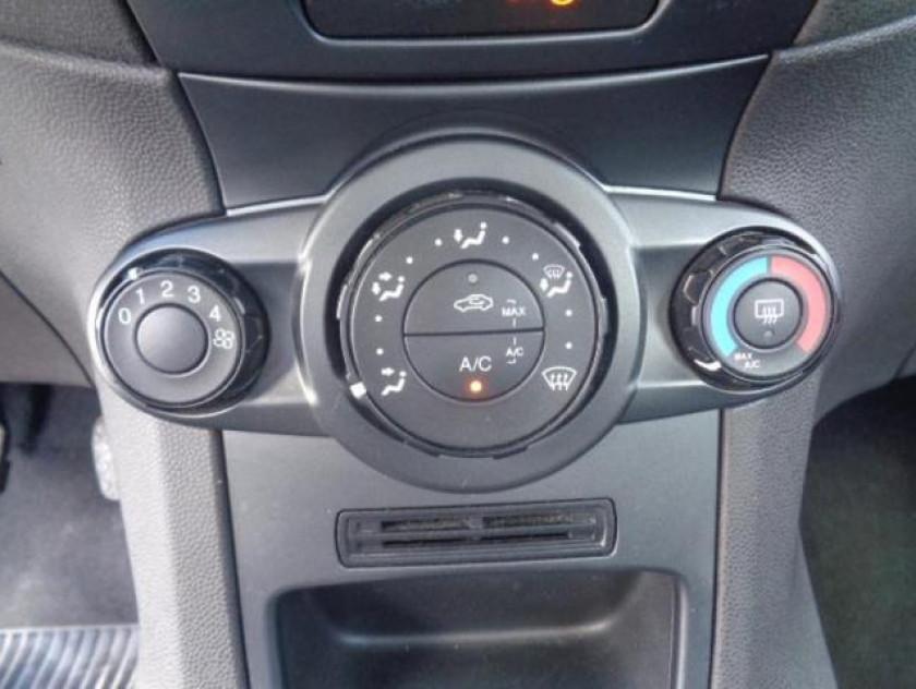 Ford Fiesta 1.25 82ch Edition 5p - Visuel #15