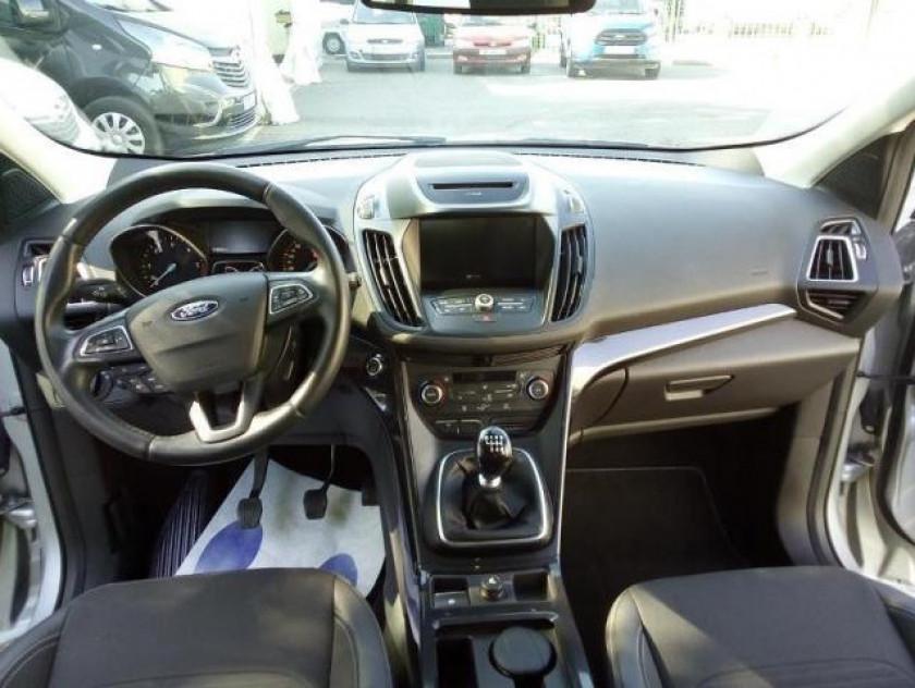 Ford Kuga 2.0 Tdci 150ch Stop&start Titanium 4x2 - Visuel #6