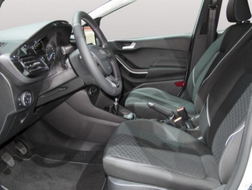 Ford Fiesta 1.0 Ecoboost 100ch Stop&start Vignale 5p Euro6.2 - Visuel #7