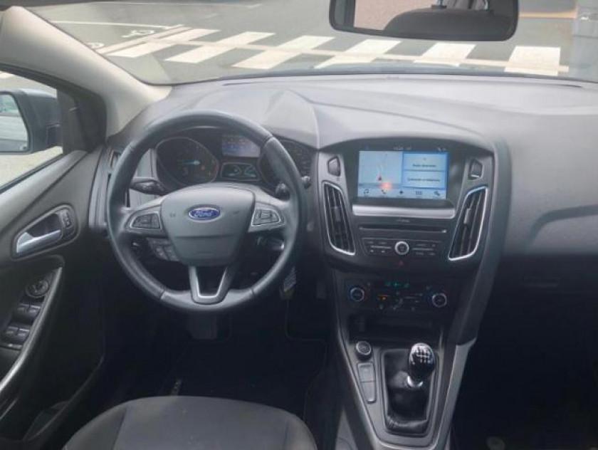 Ford Focus 1.5 Tdci 120ch Stop&start Business Nav - Visuel #15