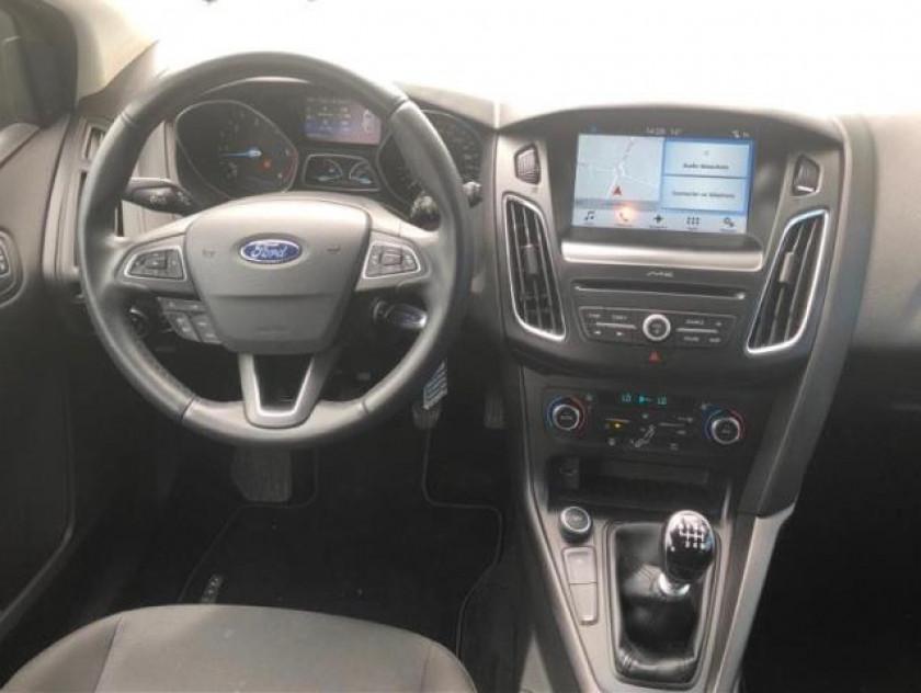 Ford Focus 1.5 Tdci 120ch Stop&start Business Nav - Visuel #14