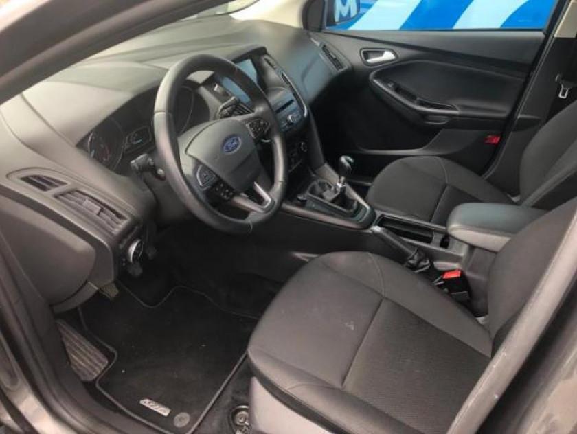 Ford Focus 1.5 Tdci 120ch Stop&start Business Nav - Visuel #8