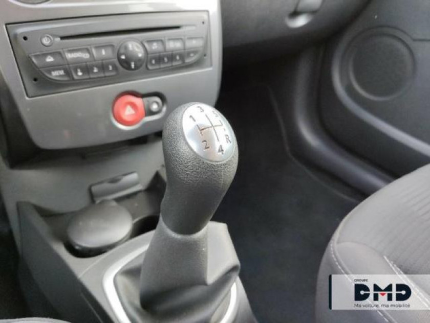 Renault Clio 1.5 Dci 90ch Expression Clim Eco² 5p - Visuel #8
