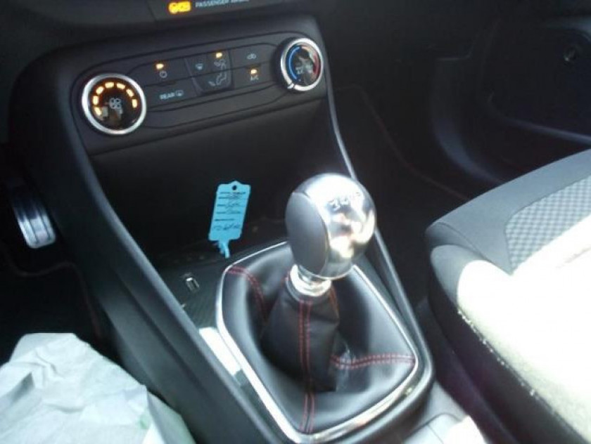 Ford Fiesta 1.0 Ecoboost 125ch Stop&start St-line 5p Euro6.2 - Visuel #15