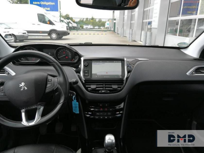 Peugeot 2008 1.2 Puretech 130ch Allure S&s - Visuel #5