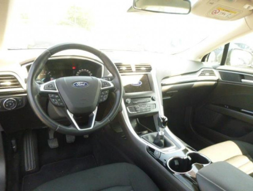 Ford Mondeo Sw 1.5 Tdci 120ch Econetic Business Nav - Visuel #10