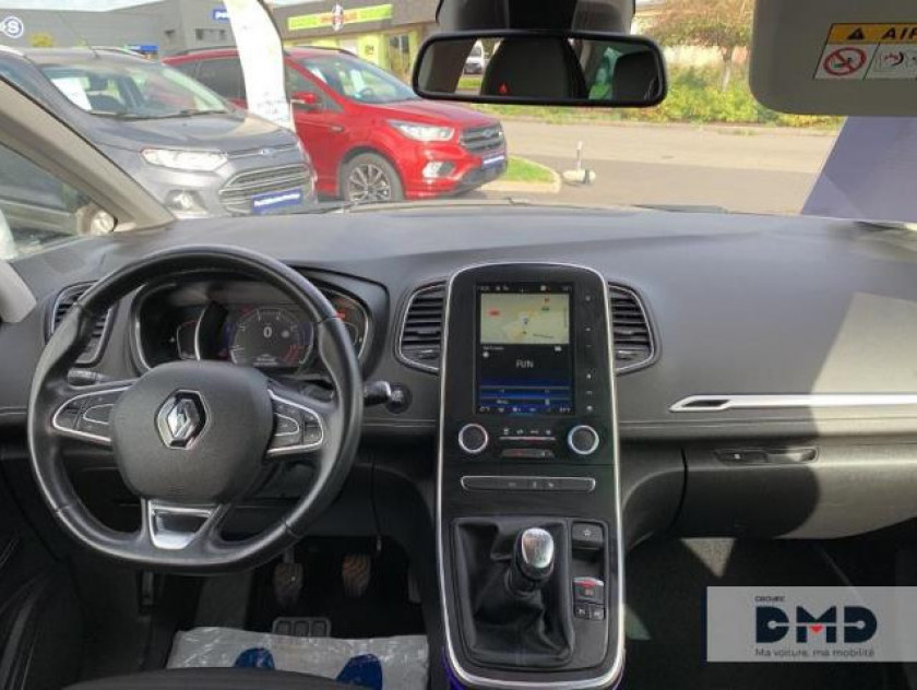 Renault Grand Scenic 1.2 Tce 130ch Energy Intens - Visuel #5