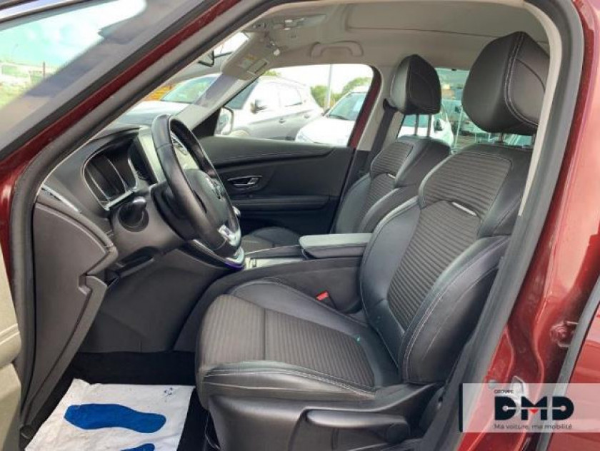 Renault Grand Scenic 1.2 Tce 130ch Energy Intens - Visuel #9