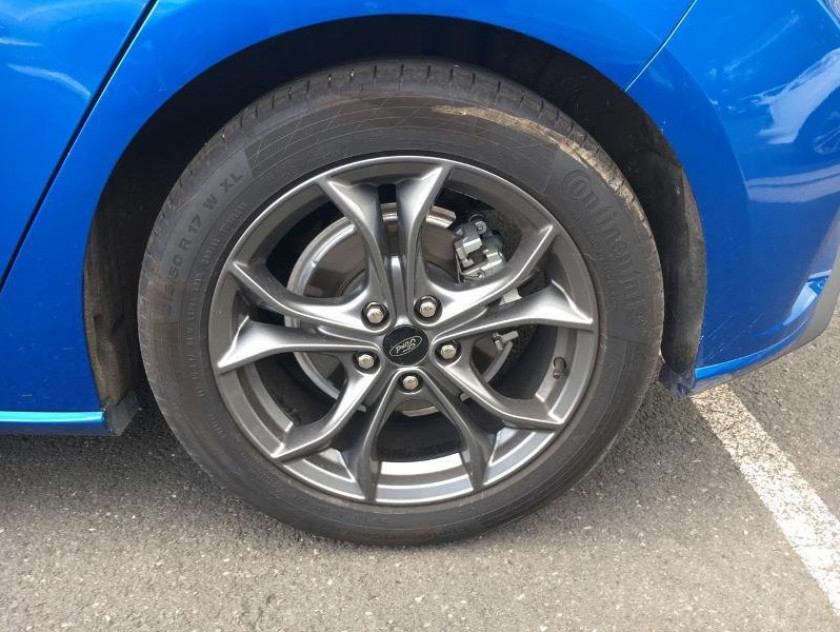 Ford Focus 1.0 Ecoboost 125ch Stop&start St-line Bva - Visuel #13