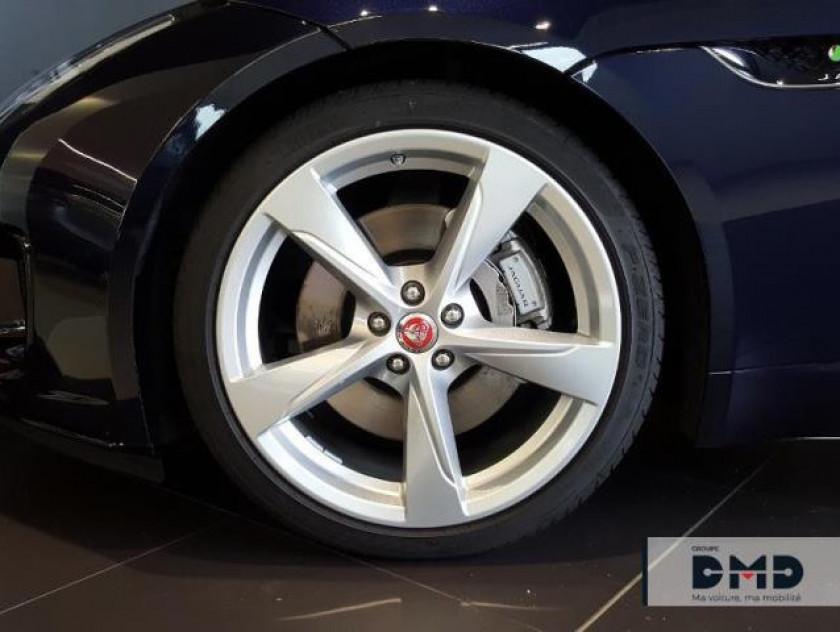 Jaguar F-type Coupe 2.0 T 300ch R-dynamic Bva8 - Visuel #13