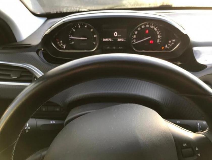 Peugeot 2008 1.2 Puretech Allure - Visuel #18