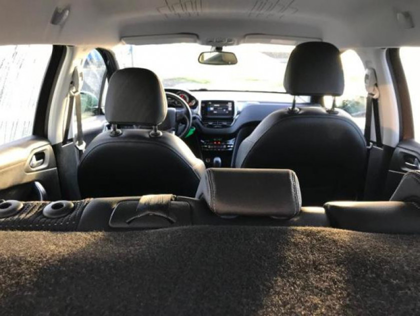 Peugeot 2008 1.2 Puretech Allure - Visuel #13