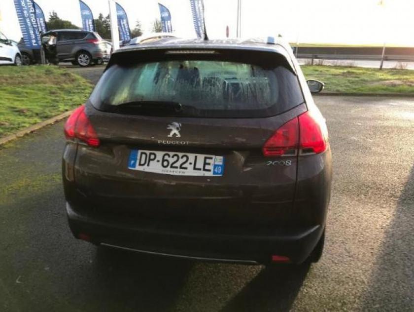 Peugeot 2008 1.2 Puretech Allure - Visuel #11