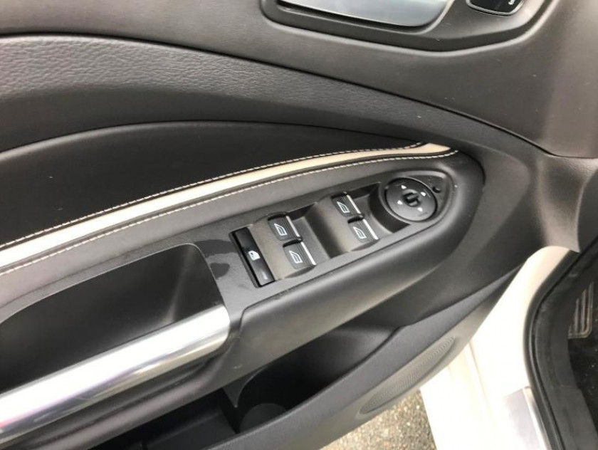 Ford Kuga 1.5 Tdci 120ch Stop&start Vignale 4x2 Powershift - Visuel #13