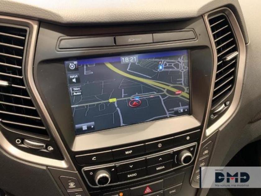 Hyundai Santa Fe 4x4 2.2 Crdi 200ch 4wd Executive Bva - Visuel #6