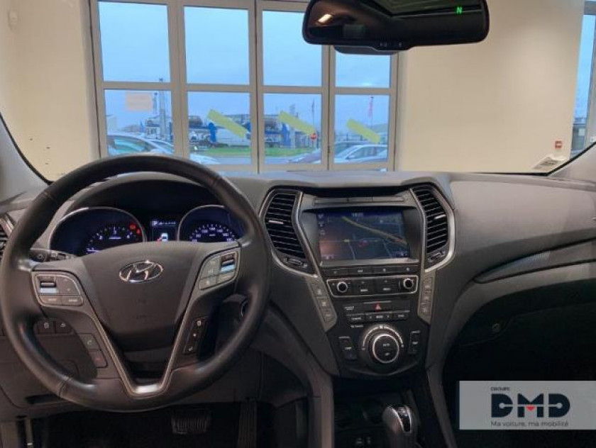 Hyundai Santa Fe 4x4 2.2 Crdi 200ch 4wd Executive Bva - Visuel #5