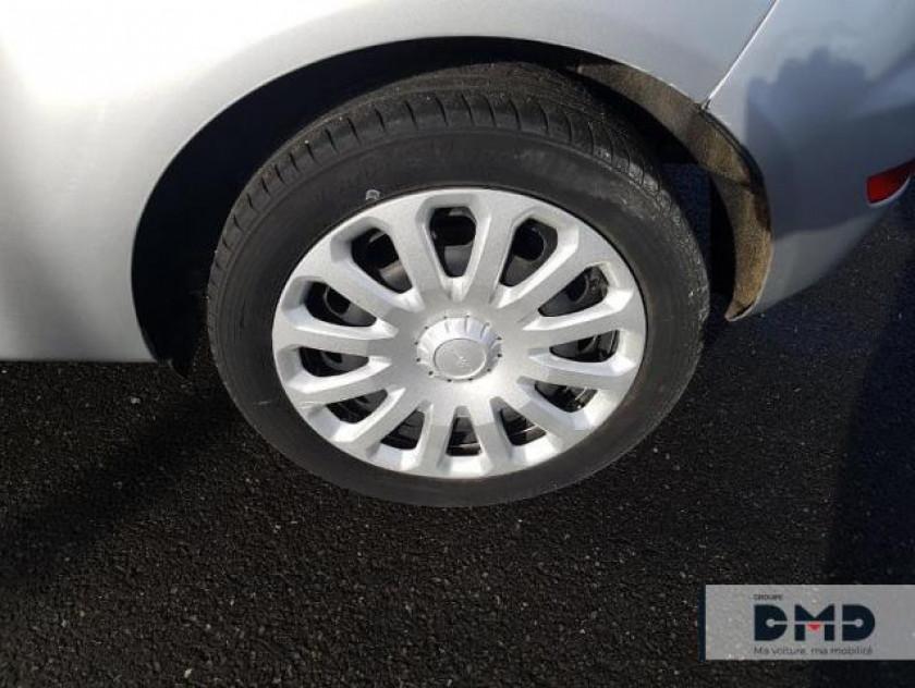 Ford Fiesta Affaires 1.5 Tdci 95ch Ambiente 3p - Visuel #13