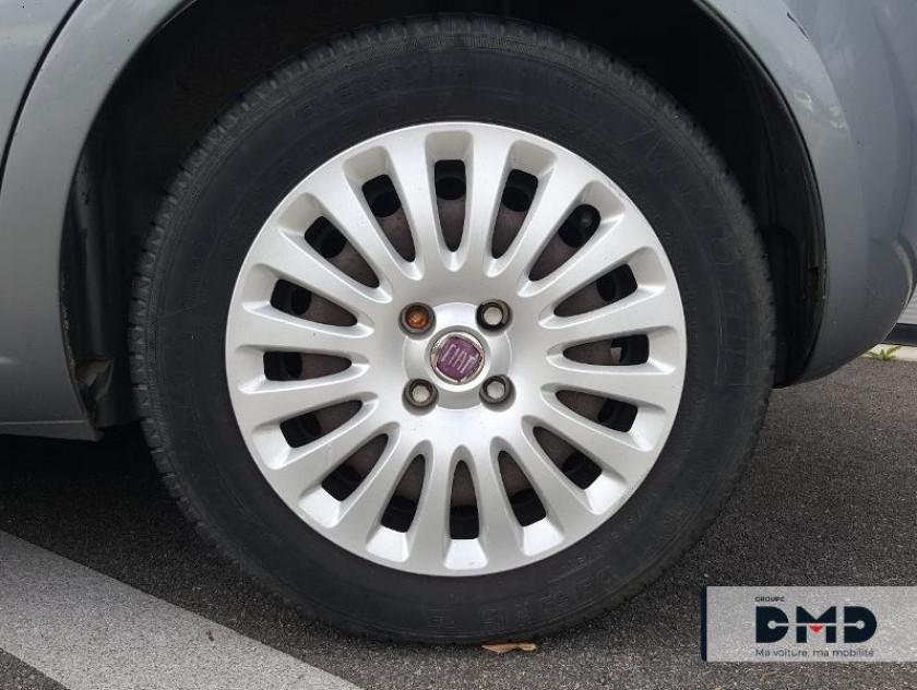 Fiat Punto Evo 1.3 Multijet 16v 75ch Dpf S&s Dynamic 5p - Visuel #13