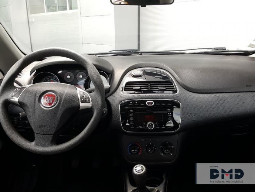 Fiat Punto Evo 1.3 Multijet 16v 75ch Dpf S&s Dynamic 5p - Visuel #5