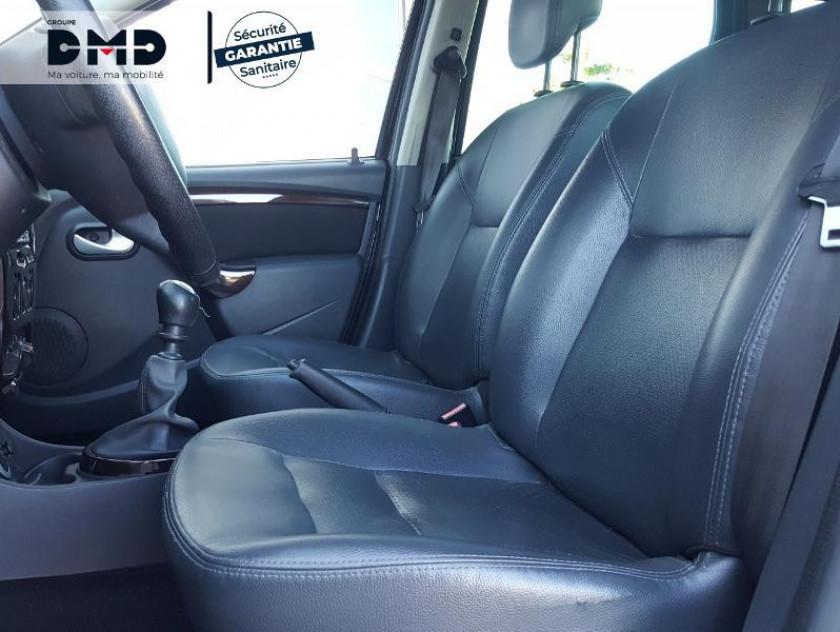 Dacia Duster 1.5 Dci 110ch Fap Prestige 4x4 - Visuel #9