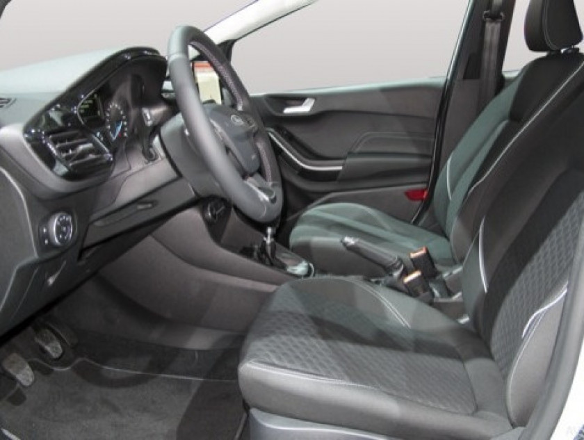 Ford Fiesta 1.5 Tdci 85ch Stop&start Vignale 5p Euro6.2 - Visuel #7