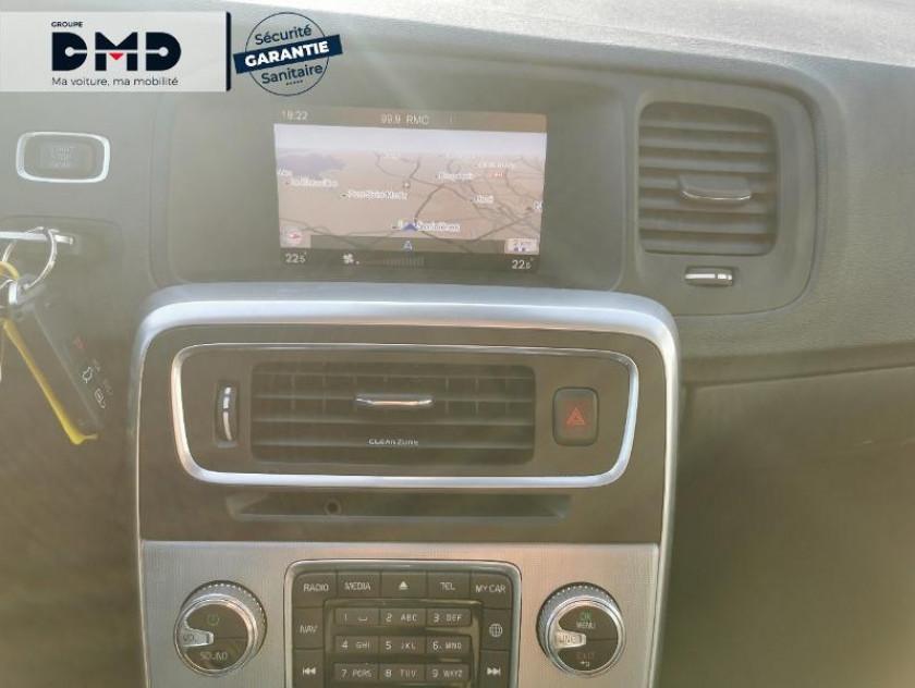 Volvo V60 D3 150ch Summum - Visuel #6