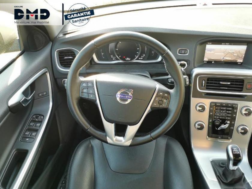 Volvo V60 D3 150ch Summum - Visuel #7