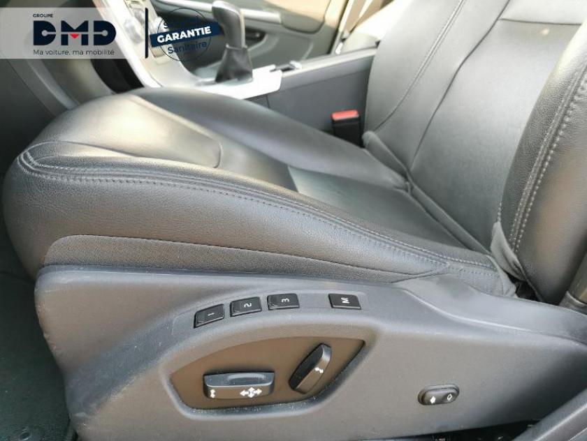 Volvo V60 D3 150ch Summum - Visuel #15