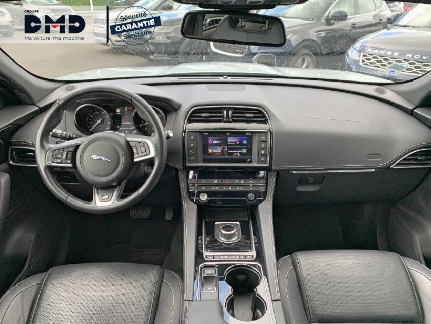 Jaguar F-pace V6 3.0d 300ch R-sport 4x4 Bva8 - Visuel #5