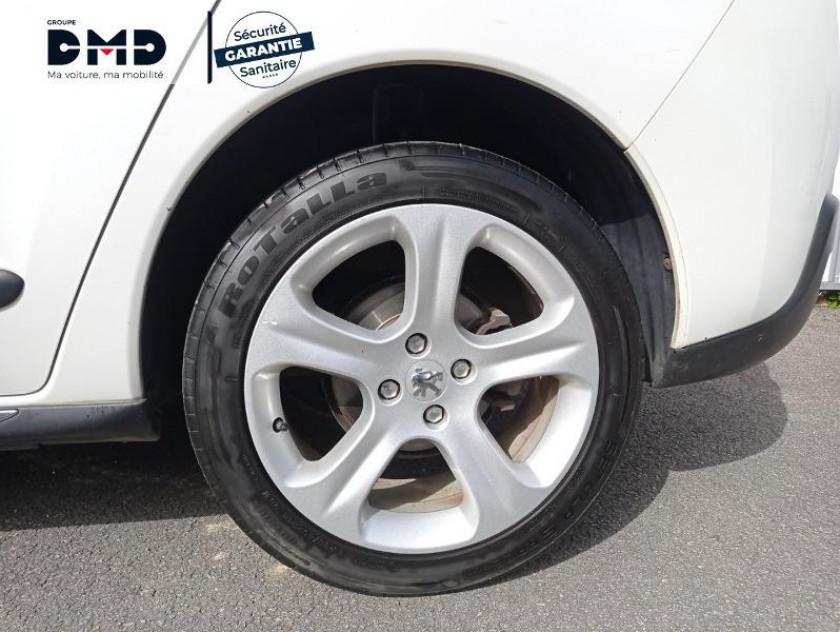 Peugeot 3008 1.6 Hdi115 Fap Allure - Visuel #13