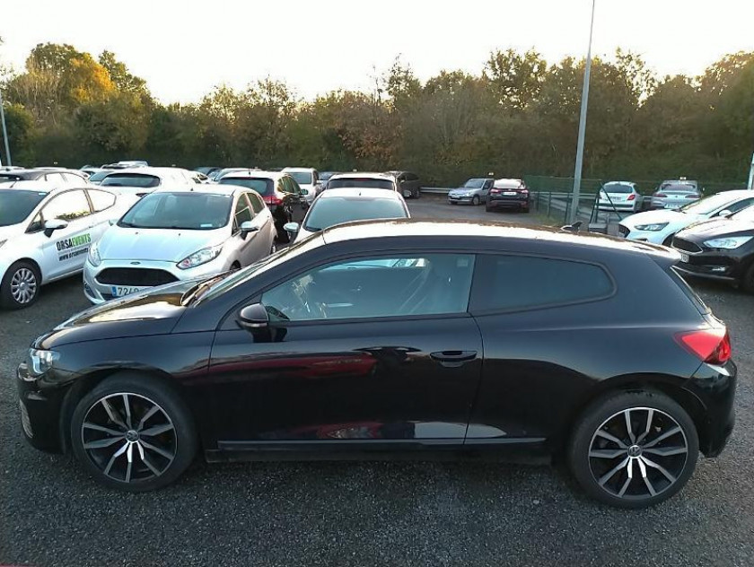 Volkswagen Scirocco 1.4 Tsi 125ch Bluemotion Technology - Visuel #2