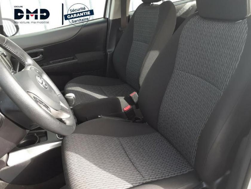 Toyota Yaris 90 D-4d Business 5p - Visuel #9