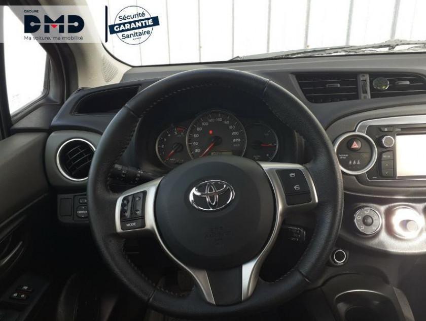 Toyota Yaris 90 D-4d Business 5p - Visuel #7