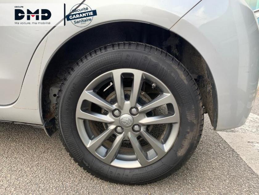 Toyota Yaris 69 Vvt-i Dynamic 5p - Visuel #13