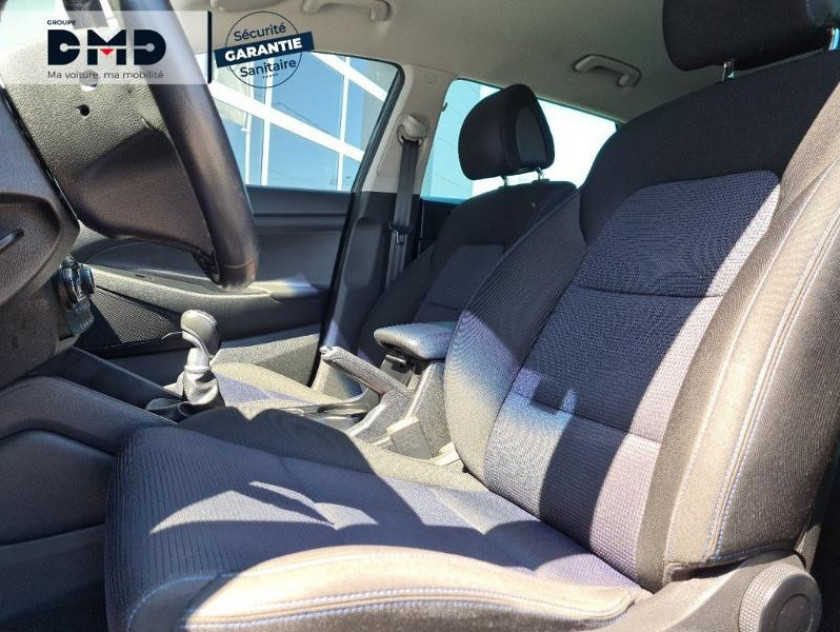 Hyundai Tucson 1.7 Crdi 115ch Business 2wd - Visuel #9
