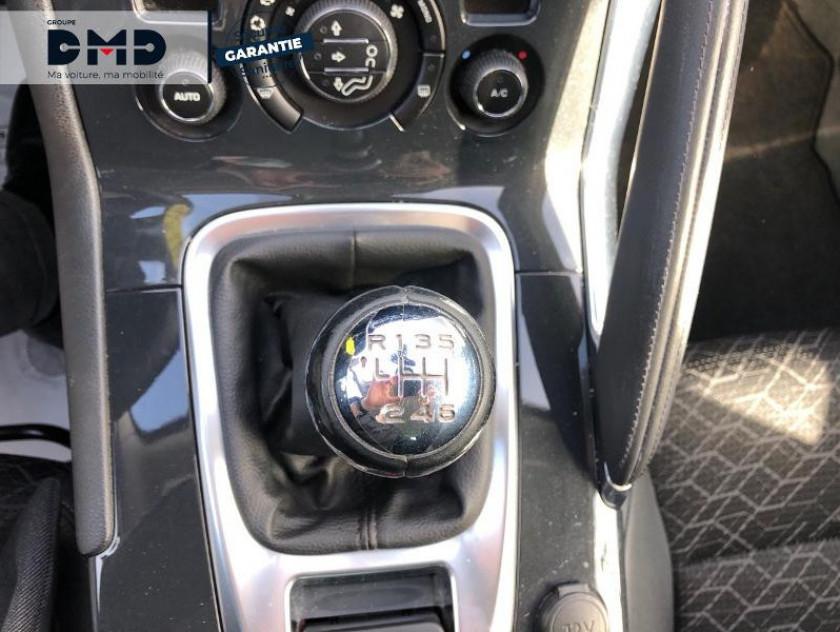 Peugeot 3008 1.2 Puretech Allure S&s - Visuel #8