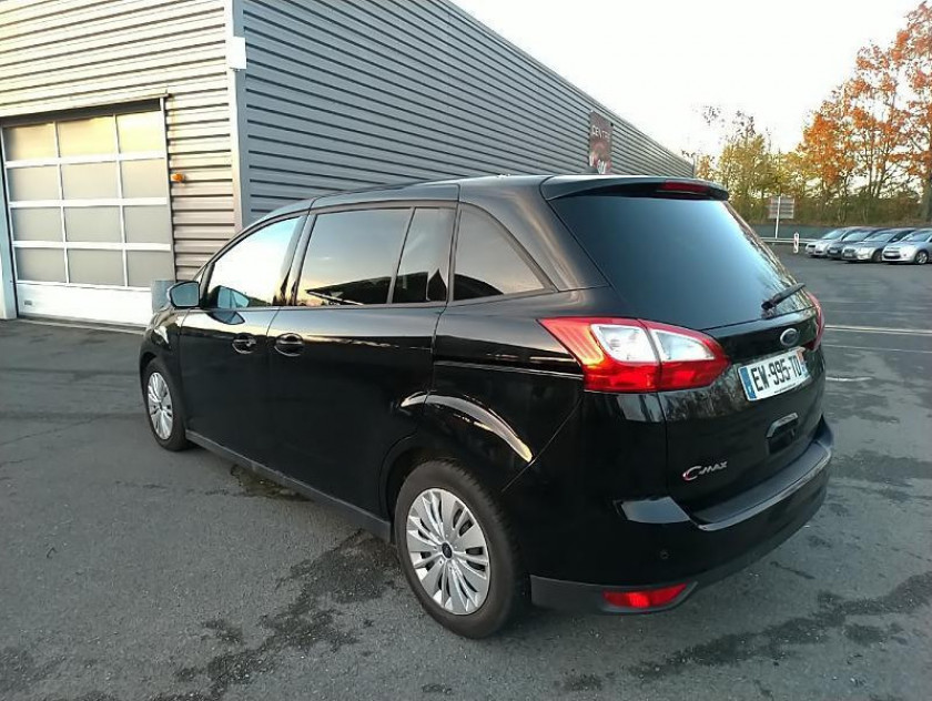 Ford Grand C-max 1.5 Tdci 120ch Stop&start Trend Business - Visuel #3