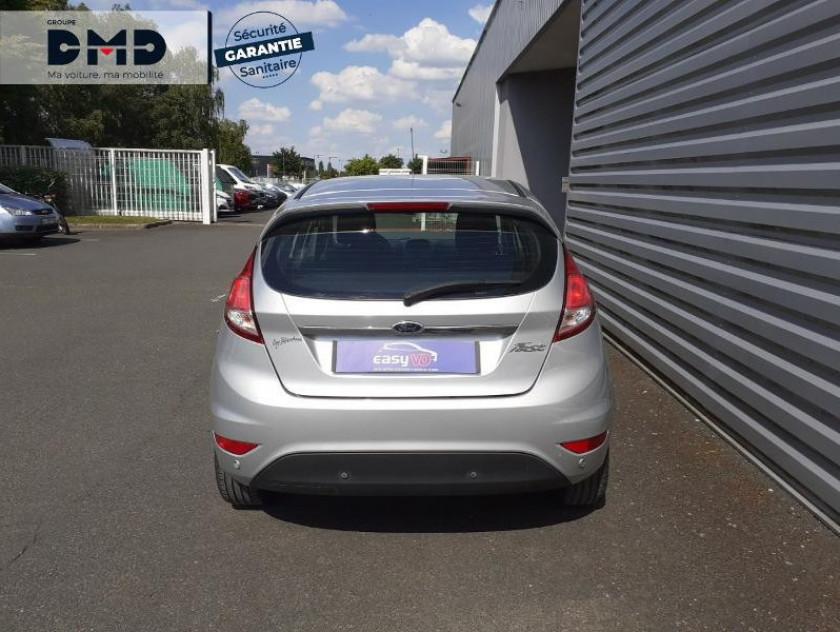 Ford Fiesta 1.5 Tdci 75ch Fap Titanium 5p - Visuel #11