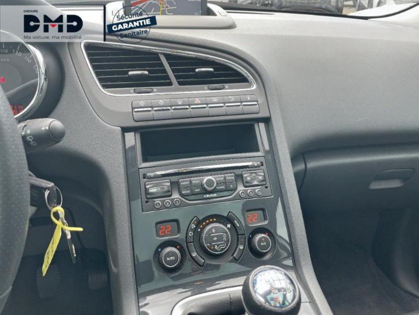 Peugeot 5008 1.6 Hdi 115ch Fap Allure - Visuel #6