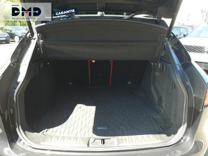 Jaguar F-pace V6 3.0d 300ch S 4x4 Bva8 - Visuel #12
