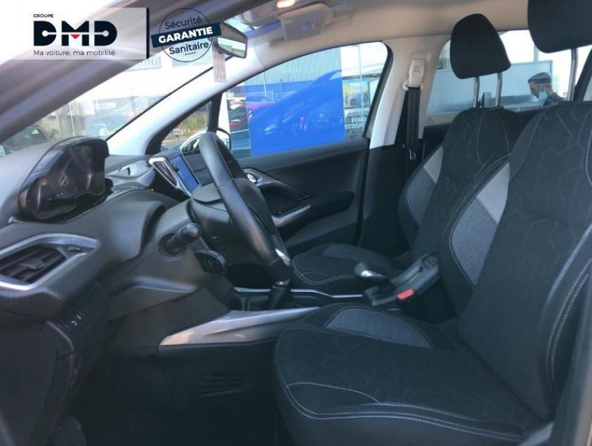Peugeot 2008 1.2 Puretech 82ch Allure - Visuel #9