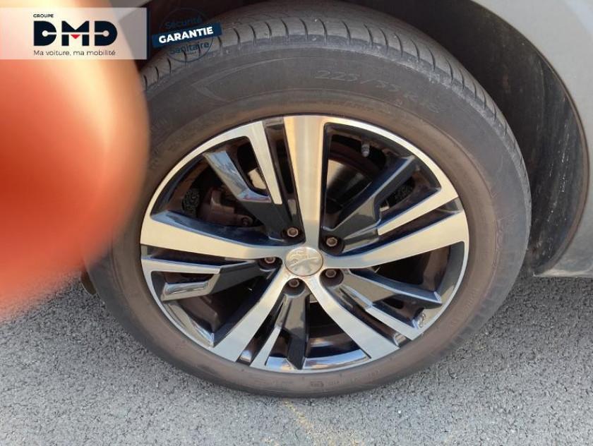 Peugeot 3008 1.2 Puretech 130ch Allure S&s - Visuel #13